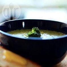 Soupe de brocolis @ allrecipes.fr