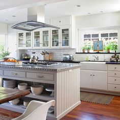 The kitchen is the heart of every home, where families cook, entertain, and relax. Whether you're building a new home or remodeling an existing kitchen, use our planning guide to make smart design decisions for the key elements of the room.
