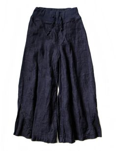 Kapital navy pants Under knee pants with oversized wearability, with lace latch on waist and one rear pocket Composition: 90% linen, 10% cotton Made in Japan