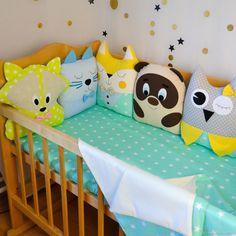 Animals crib bumpers - Crib bumpers - Baby crib bumpers - Baby bed bumper - Baby girl crib bedding - Decorative pillows for baby Crib Bumper Set, Baby Crib Bumpers, Baby Girl Crib Bedding, Girl Cribs, Baby Crib Mobile, Crib Bedding Sets, Baby Cribs, Baby Deco, Baby Pillows