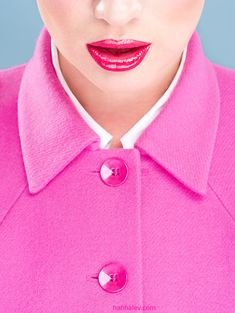 Matching pink jacket and pink lips. this bold look. Pink Love, Bright Pink, Pretty In Pink, Hot Pink, Perfect Pink, Color Rosa, Pink Color, Magenta, Mode Rose