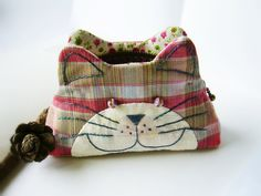 Cat purse - Aunt P, this has your name all over it :)