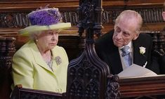 Queen Elizabeth II and Prince Phillip attend the Royal Wedding of their grandson Prince Harry and Meghan Markle Princesa Charlotte, Princesa Eugenie, Harry And Meghan Wedding, Harry Wedding, Meghan Markle Wedding, Prince Harry Et Meghan, Meghan Markle Prince Harry, Prins Philip, Prinz Harry