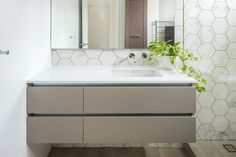 Cottesloe Residence - Bathroom Renovation by Retreat Design  #design #bathroom #hextiles #floatingvanity