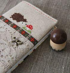 Cross stitching Book Cover Hedgehog Fly Agaric Fall / Kreuzstich Buch Igel Fliegenpilz Herbst