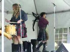 "Wicked Tinkers - ""March of the O'Neills""  LIVE! LOUD!  (  I love a man in kilt.  )"