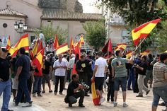 Manifestació Falange dArenys de Munt How To Speak Spanish, Culture, World, Image, The World