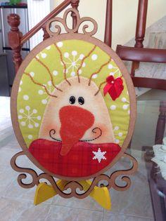 Un cuadro Christmas Fabric, Christmas Tree, Fabric Decor, Snowman, Kids Rugs, Ornaments, Holiday Decor, Flowers, Home Decor