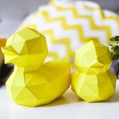 2 Canards en papier jaune