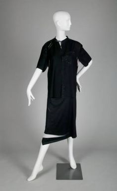 Ensemble: blouse and skirt :: Museum Collection B Image, Chicago History Museum, 2000s Fashion, Blouse And Skirt, Museum Collection, Silk Crepe, Contemporary Fashion, Two Pieces, Normcore