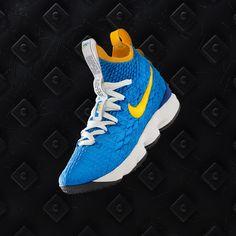 7b47de4dfd1e Nike LeBron 15 PE