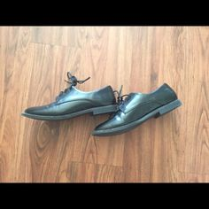 Black Oxfords -Black Oxfords worn about 5 times -Size: no size on shoe, but fits 5.5 without socks. It will feel tighter with thin socks.  -Long shoe strings -has a white mark about 1/2 inch long Forever 21 Shoes Flats & Loafers