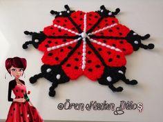 Kalpli Uğurböceği Lif Modeli Bowser, Ladybug, Weaving, Lily, Kids Rugs, Make It Yourself, Christmas Ornaments, Holiday Decor, Womens Scarf