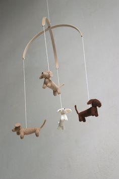 bebé móvil / DACHSHUND perro móvil / móvil / cachorro por Patricija