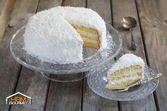 Fluffige Biskuit-Kokostorte