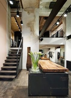 This collection of modern house interior design ideas should help you to decide what you would like in your home. Industrial Interior Design, Industrial House, Industrial Interiors, Home Interior Design, Interior Decorating, Industrial Style, Kitchen Industrial, Decorating Ideas, Vintage Industrial