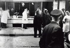 1941. Destruction of the store of a Jewish citizen in Amsterdam by nazi symphatizers. #amsterdam #worldwar2
