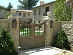 Entry Gate  Gates and Fencing  Suzman Design Associates  San Francisco, CA