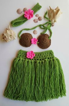Hula Skirt - Girls Hula Skirt - Hula Girl - Hula girl costume - Newborn Crochet Outfit - Baby's First Pictures - Hawaiian Hula Girl - women Life ideas Pull Crochet, Crochet Girls, Crochet Baby Clothes, Crochet For Kids, Crochet Outfits For Babies, Baby Girl Skirts, Baby Skirt, Hula Girl Costume, Crochet Baby Dresses