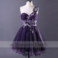 Fashion Gorgeous Appliques Party Dress/Short Prom by RomanticDay