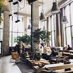 when you have to take shelter from a summer downpour and end up in a stunning lobby in Brooklyn  . . . #cktravelaccordingly #hoteldesign #brooklyn #wheretofindme #abmtravelbug #travelbreak #travelwithfathom #guardiancities #CNtraveler #mytinyatlas #travelmag #tlpicks #darlingescapes #travelawesome #travelgram #wanderthemap #IAmATraveler #EDlovestravel #bloglovintravels