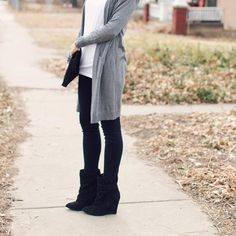 "637 Likes, 17 Comments - Kilee Nickels // Style & Hair (@onelittlemomma) on Instagram: ""Long lighter cardigans and ankle boots for the last chilly days of...Wing? Sprinter?…"""