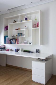 55 Ideas home library room diy interior design Shelves In Bedroom, Bedroom Desk, Bedroom Furniture, Bedroom Setup, Wooden Bedroom, Bedroom Office, Shelf Design, Design Case, Home Office Design