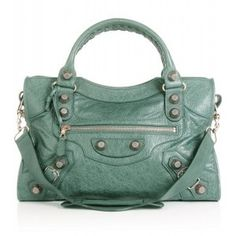 I like it...but I don't think I would ever spend over $150 on a purse much less over $1000.