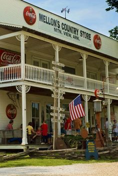 Mellon's Country Store in Mountain View, Arkansas, photo by Karla Hall