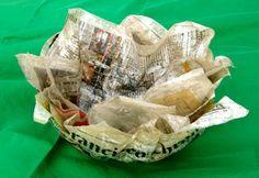 #Ceramica, #resina, carta di giornale, #argilla e materiali di #riciclo: lei è la poliedrica #Simona #Boiardi.