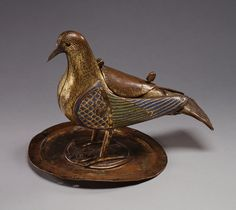 The Enduring Symbolism of Doves - Biblical Archaeology Society Symbols And Meanings, Sacred Symbols, Classical Antiquity, Biblical Art, Medieval Art, Medieval Times, Ancient Artifacts, Religious Art, Sculpture