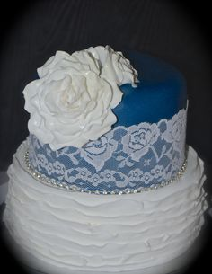 Vintage Navy and White Lace Cake Navy And White, White Lace, Wedding Cakes, My Love, Desserts, How To Make, Vintage, Food, Wedding Gown Cakes