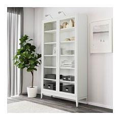 REGISSÖR Vitrinskåp, vit - 118x203 cm - IKEA
