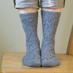 Ravelry: Erebor Socks pattern by Virginia Sattler-Reimer