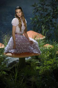 Once Wonderland: Cast Promotional Photos