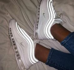 Latest sneakers from Nike and Adidas Moda Sneakers, Cute Sneakers, Sneakers Nike, Nike Trainers, Hype Shoes, On Shoes, Me Too Shoes, White Nike Shoes, Nike Air Shoes