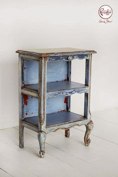 Chalk Paint, Annie Sloan, Agnieszka Krawczyk Old Violet Side Table