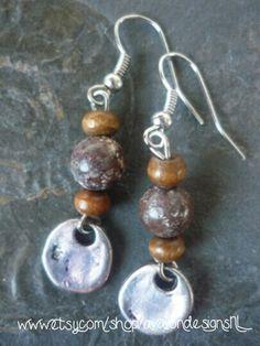 Brown semi precious stone earrings / Bruine half edelsteen oorbellen. Handmade