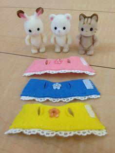 ももいろウサギとフェルト服。 の画像|シルバニアと私。 Sewing Doll Clothes, Sewing Dolls, Doll Clothes Patterns, Sylvanian Families, Vbs Crafts, Doll Crafts, Lol Dolls, Barbie Dolls, Diy For Kids