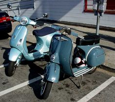 Modern and classic Vespas, San Francisco, 2006. My own photo.