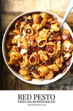 Pesto Dressing, Red Pesto, Best Pasta Recipes, Vegan Recipes, Pesto Pasta Salad, Homemade Pesto, Pasta Dishes, Rice Dishes, Mediterranean Recipes