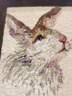 Rug Hooking Designs, Rug Hooking Patterns, Animal Rug, Animal Pillows, Wool Mats, Rabbit Crafts, Punch Needle Patterns, Painted Rug, Rug Inspiration