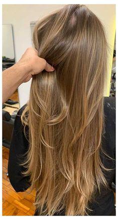 Brown Hair Balayage, Blonde Hair With Highlights, Brown Blonde Hair, Honey Blonde Hair Color, Dark Blonde Hair Color, Honey Coloured Hair, Caramel Blonde Hair Dye, Blonde Hair Over 40, Dark To Blonde