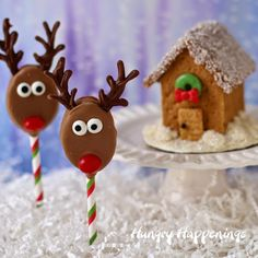 Honey Maid and Skippy Rudolph the Red Nose Reindeer Pops and Mini Snow Globe Graham Cracker Houses are fun holiday projects for the whole family from HungryHappenings.com