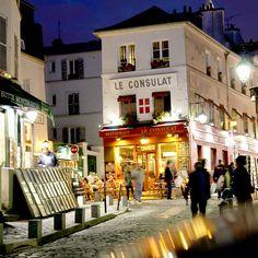 392_Montmartre de nuit by Calinore, via Flickr