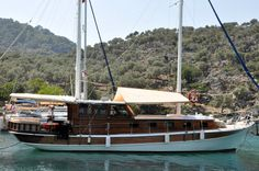 Love to #cruise with loved one? Turkish #gulet for honeymooners, small groups