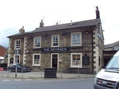 File:The Skyrack, Headingley, Leeds - Leeds Pubs, Leeds City, Welcome To Yorkshire, West Yorkshire, Hyde Park, Places To See, Leeds Beckett, The Neighbourhood, To Go