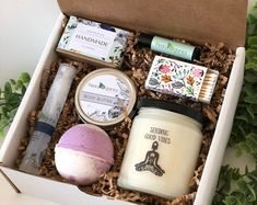 Happy Birthday Spa Gift Box - Soap - Bath Bomb and Soy Candle - Handmade Bridesmaid Proposal Box, Bridesmaid Gifts, Bridesmaids, Best Friend Gifts, Gifts For Friends, Sending Good Vibes, Essential Oils For Colds, Hippy Gifts, Meditation