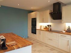 Kitchen area, Howdens Burford Cream, oak worktops, #farrowandball #stoneblue