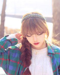 (4) park hye min | Tumblr Pretty Hairstyles, Braided Hairstyles, Asian Hairstyles, Sweet Girls, Cute Girls, Pony Korean, See Through Bangs, Pony Makeup, Pixie